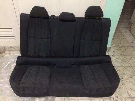 Vendo asientos traseros modernos