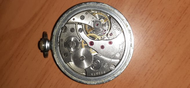 Se vende reloj de bolsillo Molnija