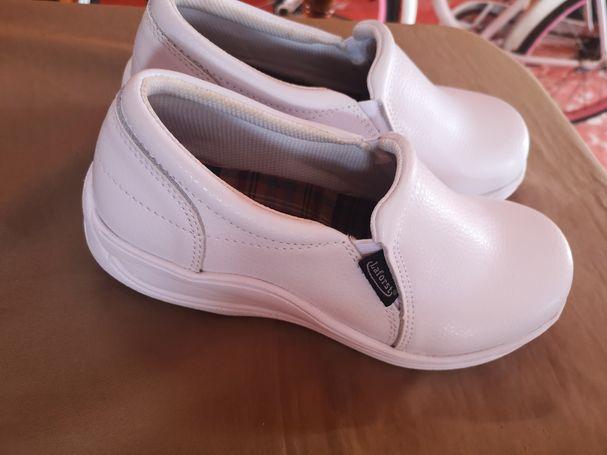 Vendo excelentes zapatos para enfermera