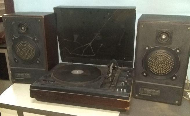 vendo tocadiscos  Radiotecnica