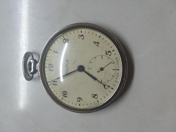 Reloj de bolsillo Molnija